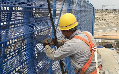 防风网施工
